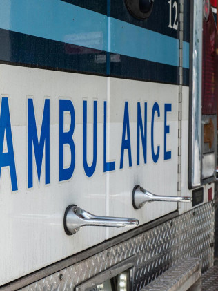 Ambulance vehicle graphics in Tonawanda, NY